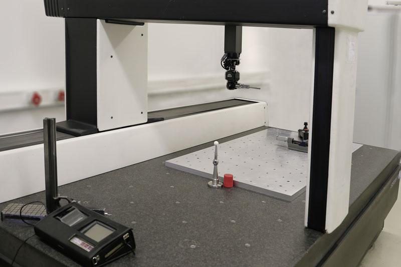 Koordinatenmessmaschine DEA Gamma im Maschinenpark von KROMATEC