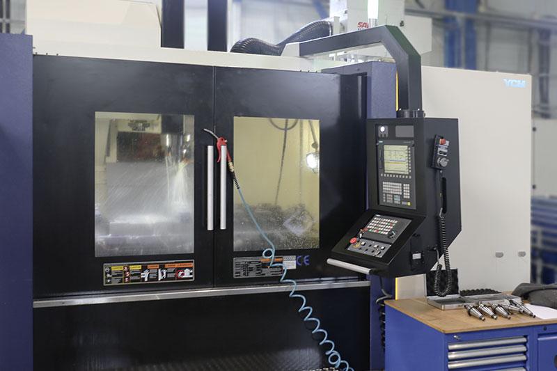 YCM Vertikalbearbeitungszentrum NXV-1680